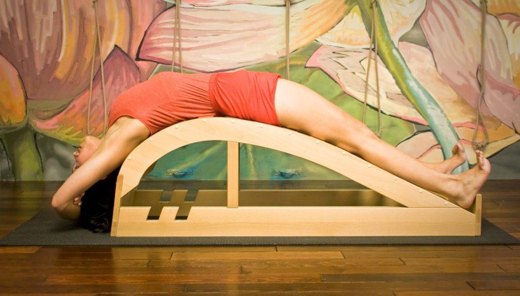 banco de yoga viparita dandasana