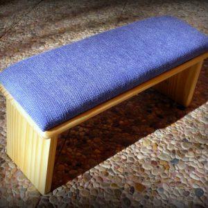 banco meditación azul