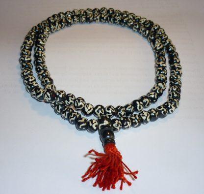 mala yapa rosario tibetano om