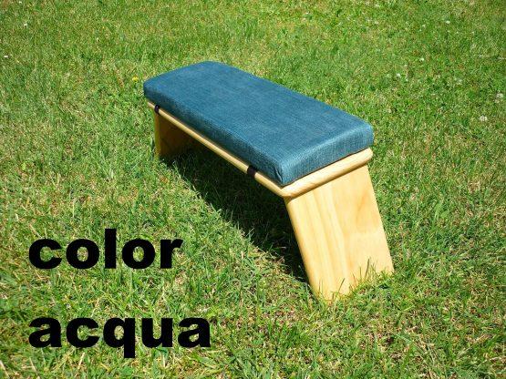 banco de meditacion color acqua