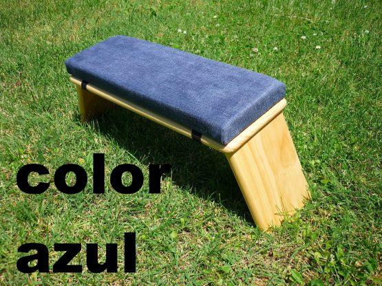 banco de meditacion color azul