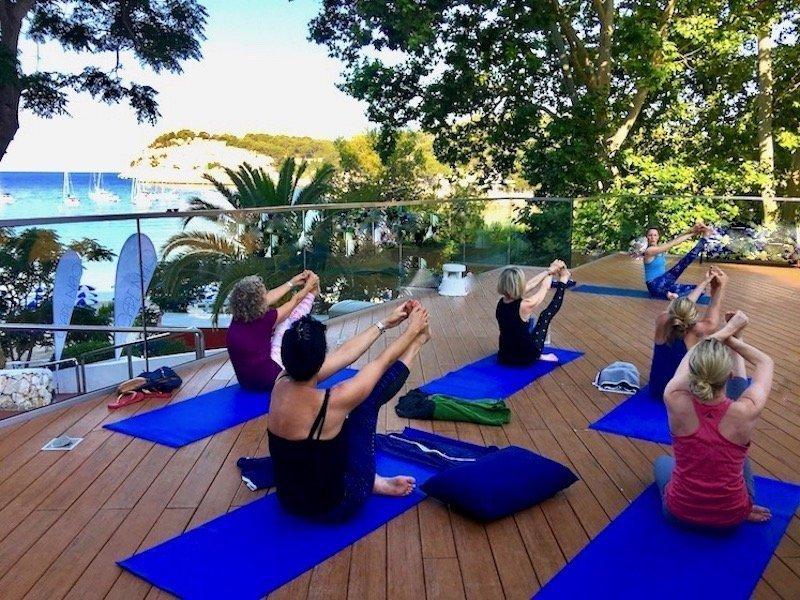 retiros de yoga y vacaciones yoga